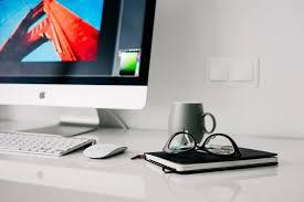 Quels sont les matériels nécessaires pour suivre des cours en ligne ?